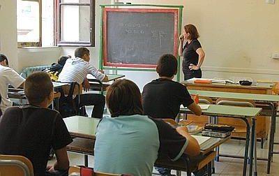 Precari scuola: saranno assunti, ma licenziati. Ecco cosa succederà  in caso di lockdown