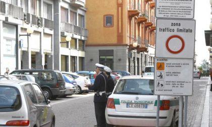 Pass Ztl e parcheggi gratis per i politici