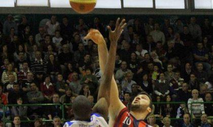 Angelico sconfitta a Sassari <br> nel corri e tira in attacco