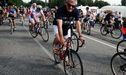 Chiamparino in bici per l'ex cooperativa lessonese