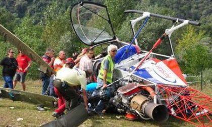Giù ultraleggero e un elicottero: 2 morti, 5 feriti