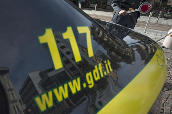 Terremoto in Prefettura, Malfi sospeso per 3 mesi per abuso d'ufficio