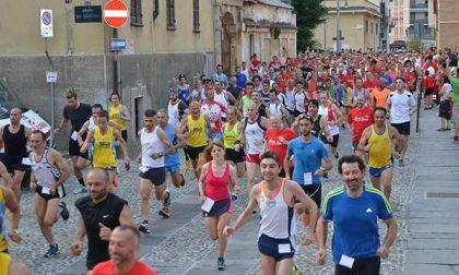 """Torna la """"Strabiella"""", di corsa per aiutare la Croce Rossa"""