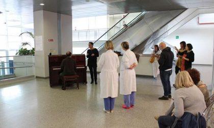Un pianoforte per suonare in Ospedale