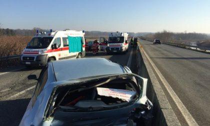 Muore travolto in superstrada