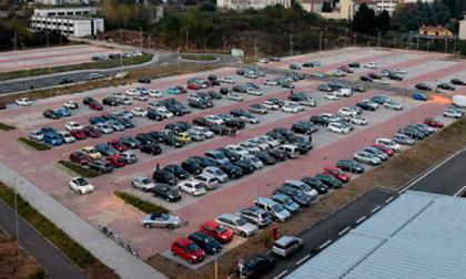 «Il parcheggio dell'ospedale deve restare gratis»