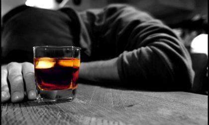 Ubriaco dà fastidio in un bar a Cerrione