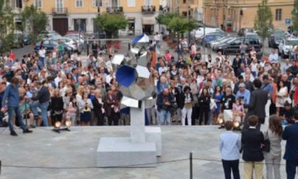 """Inaugurata la scultura """"Aquamantio"""""""