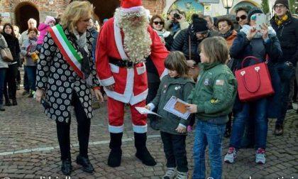 Babbo Natale e gli elfi, magico arrivo al Ricetto (FOTOGALLERY)