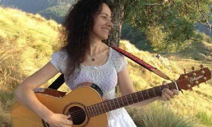 Valeria Caucino, un altro singolo per la cantante biellese