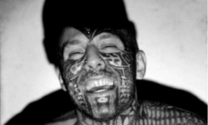 """Un malore ha ucciso """"l'uomo tatuato"""""""