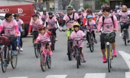 Verso il Giro, pedalata in rosa per le famiglie
