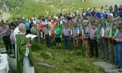 Più di mille alpini a raduno al Lago del Mucrone