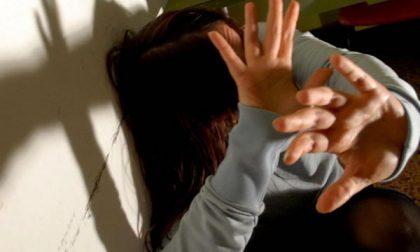 «Il mio ex mi ha picchiata e stuprata»