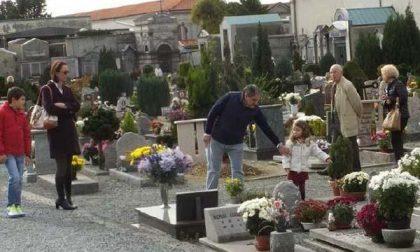 Riaprono i cimiteri della città
