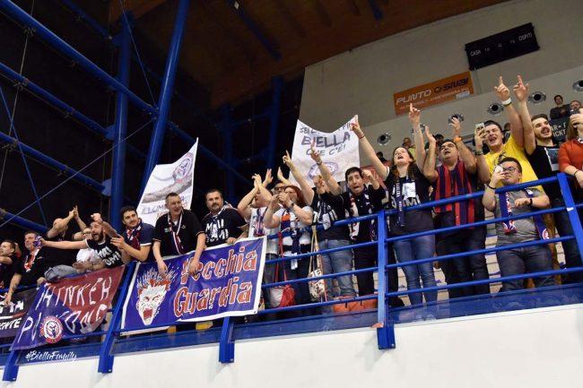 Festa dei tifosi Eurotrend Biella a Voghera (Foto Tesoro - Pallacanestro Biella)