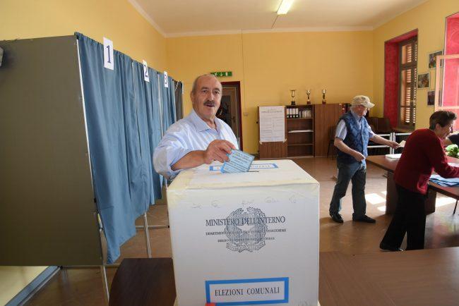 Elezioni comunali 2018 Alfio Serafia al voto