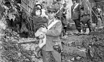 Ritrovata la bimba col carabiniere nell'alluvione 1968