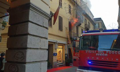 Brucia appartamento in via Italia