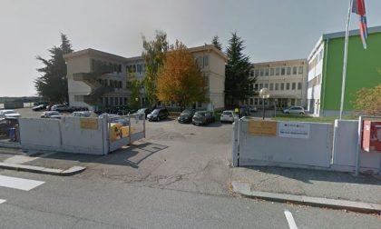 Furto nei magazzini dell'Iti a Città Studi, rubati tre busti Mussolini