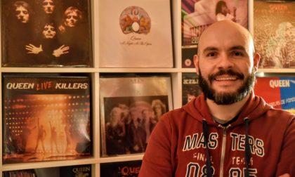 """«Cerco """"pezzi"""" dei Queen da trent'anni», la storia del collezionista Nicola Bizzo"""