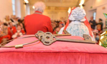 Carnevale di Biella al via con la sfilata e la consegna delle chiavi