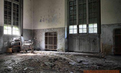 Il mondo 'antico' del manicomio, nelle foto di Riccardo Poma