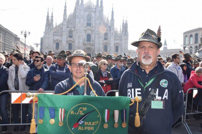 Adunata Alpini Milano 2019: la sfilata dei Biellesi col grande vecio Biasetti VIDEO FOTO