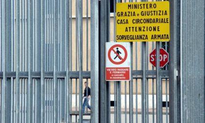 Detenuto sospeso dalle attività sportive per una storta manda all'ospedale tre poliziotti
