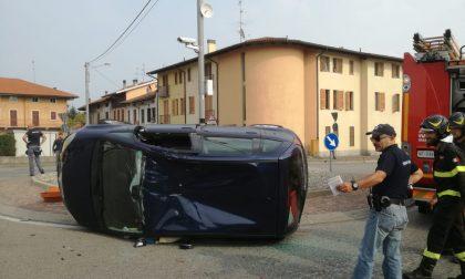 Carambola tra auto: Trossi bloccata alla rotonda di Savagnasco FOTO