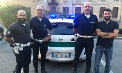 Chiacchierano in via Italia dopo la spesa: denunciati