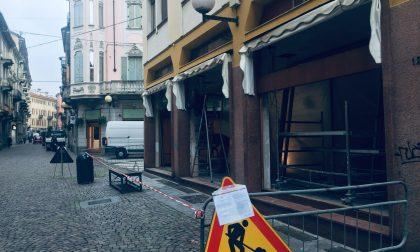 La gioielleria Boglietti raddoppia: nuovo negozio di fronte alla storica sede. Lavori in corso