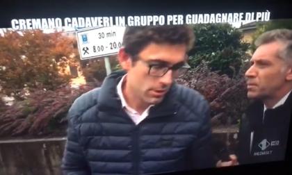 """Ravetti insulta la """"Iena"""" in tivù: """"Testa di c…"""""""