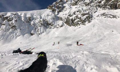 Valanga sul Monte Bianco, morti due giovani di 28 e 32 anni