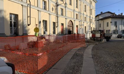 """Il Piazzo si """"spacca"""", chiuderà per un mese via Avogadro"""