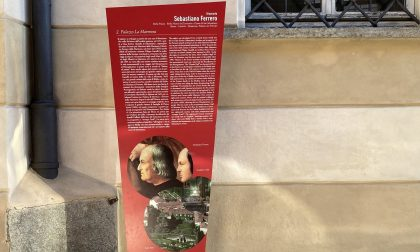 Arredo urbano: posati al Piazzo i primi totem turistici
