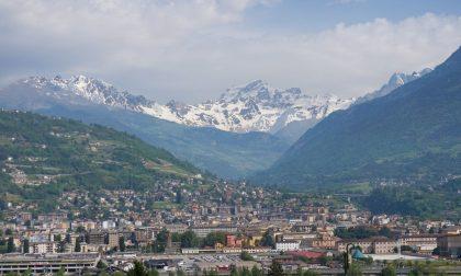 """La Valle d'Aosta chiude i confini ai non residenti: """"Troppi contagi"""""""