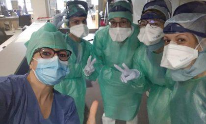 """Coronavirus, dal reparto Covid l'infermiera in prima linea: """"Vietato arrendersi"""""""