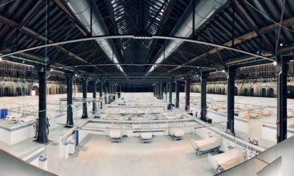 Ospedale Covid costruito in 12 giorni nelle Ogr di Torino | VIDEO TIMELAPSE
