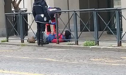 Ubriachi in giro per la città: in due soccorsi in piazza Vittorio Veneto e in stazione