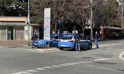 Norme anti Covid: barista multato e denunciato per insulti ai poliziotti