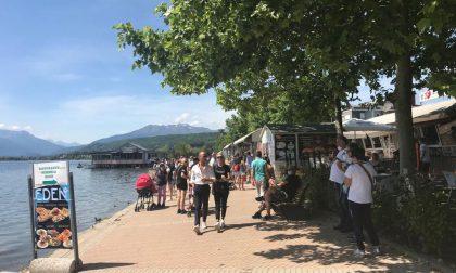 """""""Libera tutti"""" al lago: prima folla, ma non troppa"""