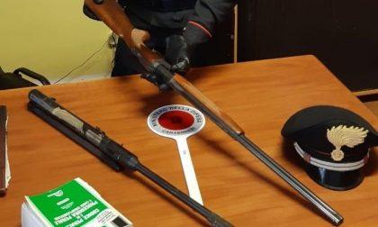 Armi spostate da una casa all'altra senza autorizzazione: denunciato