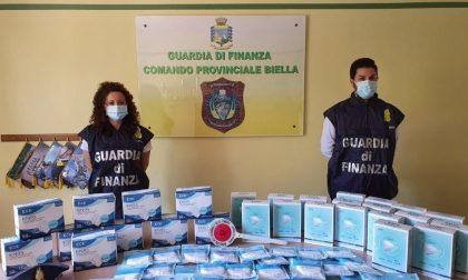 Finanza sequestra 5500 mascherine con false certificazioni