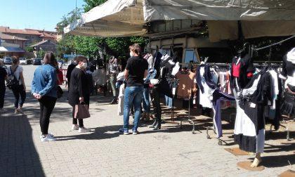 Il mercato tra distanze e mascherine-FOTOGALLERY