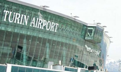 Voli cancellati per il Coronavirus, 17mila passeggeri infuriati contro il mancato rimborso