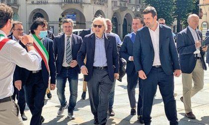 """""""Chi non viene a Varallo capra è"""". Vittorio Sgarbi lancia la lotteria Vacanze in Valsesia"""