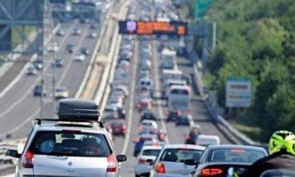 Pedaggio gratis su 150 Km di autostrade liguri in un fine settimana da bollino nero