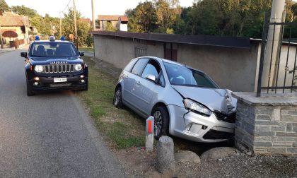 Contro un muro con l'auto a Valle San Nicolao