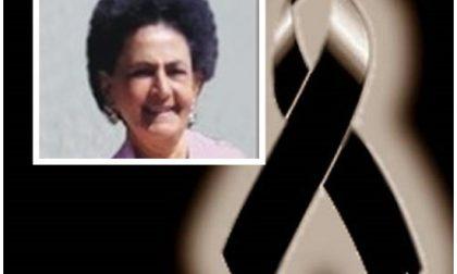 Dolore al funerale di Lorena Tescari